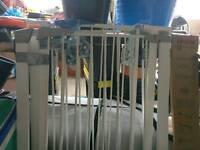 3 x baby gates (lindam)