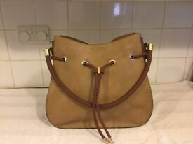 New look 2 tone brown leather effect handbag