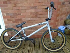 BMX - Social Evolve, hardly used, great condition