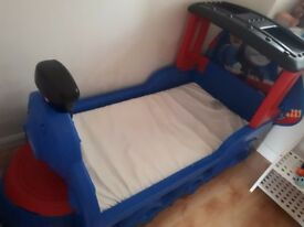 Tots Thomas bed with mattress