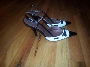 Hardly worn Women's high heels size 9.5 - Guess