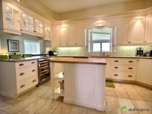 753 434$ - Maison 2 étages à vendre à Contrecoeur