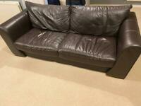 Leather sofa & 2 x arm chairs