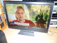 """Toshiba 37"""" HD ready LCD TV - built in Freeview & 2x HDMI - immaculate condition"""