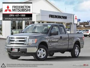 2013 Ford F-150 XLT! 5.0L! 4X4! LOADED! ONLY 75K!
