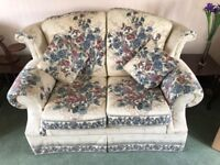 Two Seater Settee & 2 Chairs