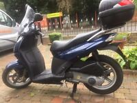 2014 APRILIA SPORT CITYCUBE 125 VERY CLEAN LOW MILAGE SPORTS SCOOTER MUST BE SEEN,FINANCE AVAILABLE