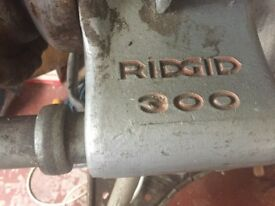Ridgid 300 SCREWING MACHINE