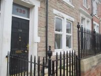 2 Bedroom flat, Bensham, Gateshead, DSS Welcome