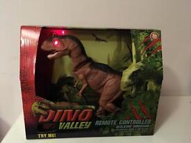 Dino Valley remote control dinosaur
