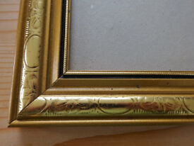 PICTURE FRAME -60 x 55cm