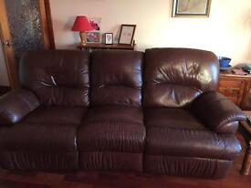Leather recliner sofa 3 seat £300 ono