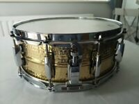 Pearl Universal 14 x 5.5 Snare Drum