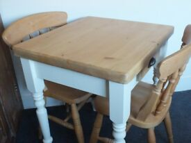Lovely Small Country Cottage Farmhouse Style Kitchen Table with Drawer and 2 Chairs