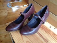 Camper women brown leather shoes size 6