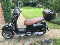 Vespa GT 125 2004 Black Scooter - BRAND NEW MOT