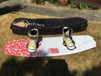 Wakeboard liquid force 141 PS3 with bindings and bag