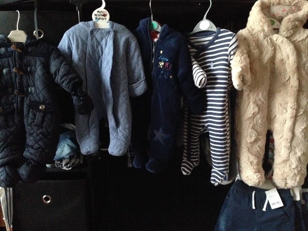Babyboys snowsuit bundle newborn/0 3monthsin Plymouth, DevonGumtree - Babyboys snowsuits bundle Newborn, 0 3months & 3 6months Good condition I also have more boys clothing for sale new & used, please message me if you are looking for anything in particular )