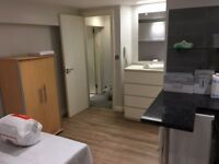 modern self-contained studio flat to let @ E10 7DY all bills inclusive available 1 December !!