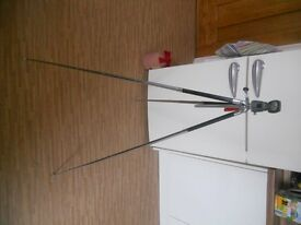Camera tripod extends to 4ft/1.2m