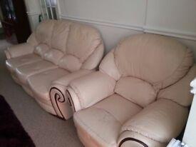 Leather Sofa 3 Piece Set Cream 100% Genuine Leather Cost £5k new QUICK SALE hence price