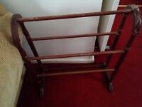 Hanging rail wooden freestand
