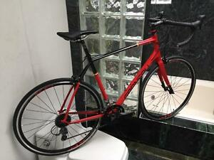BRAND NEW (SMALL / XL) GARNEAU SL4 ROAD BIKE - CLARIS