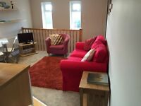 Purpose built, 1 bedroom, fully furnished, newly decorated, great location, no agency fees.
