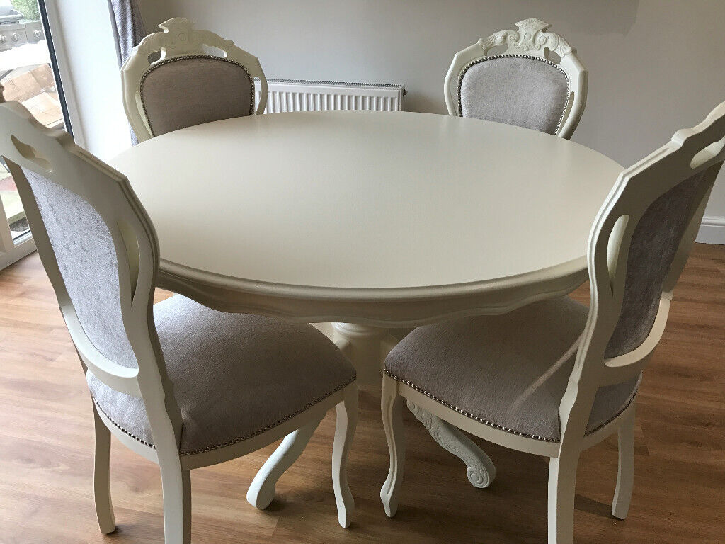 Tremendous A Beautiful French Style Shabby Chic Round Table And Four Chairs In Blackwater Surrey Gumtree Beutiful Home Inspiration Xortanetmahrainfo