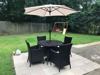 Garden rattan table and 4 chairs