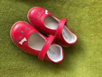 Beautiful red M&S girls leather shoes -size 7