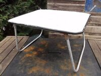 folding retro picnic table ideal for festivals, camping
