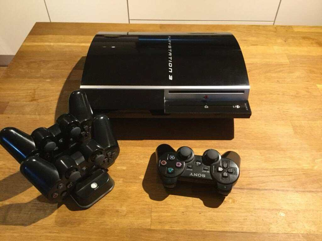 PS3 Mega Bundle - 150gb console + 3 controllers + 2 move controllers + camera + 18 games + more