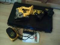 Dewalt cordless jigsaw kit