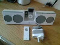 Apple ipod 4gb with ipod docking station
