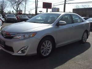 2012 Toyota Camry XLE *Nav / Sunroof / Leather*