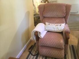 Royams Rise&Recline Chair