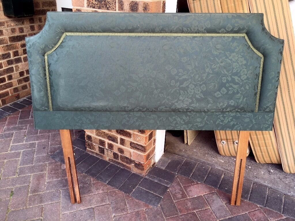 """Headboard for 4 6"""" Double Divan BedGreenin Portishead, BristolGumtree - Headboard for Double 4 6"""" Divan Bed Green in excellent condition I also have another Headboard and 2 Divan Beds for sale please see other listings"""