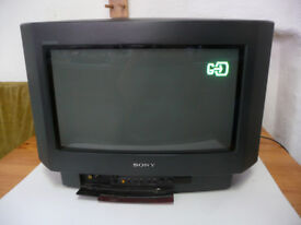 Sony Triniton KV-16WT1U 16 inch Widescreen TV CRT Retro Gaming