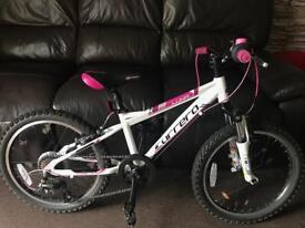 "Girls 20"" carrera Luna mountain bike"