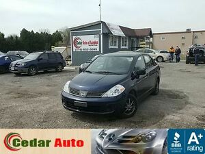 2010 Nissan Versa 1.6 S - Low Kms