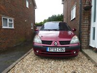 2003 Renault Clio (NON-RUNNER) for spares or repairs