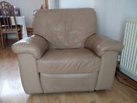 Leather electric reclining armchair - good fully working condition no tears