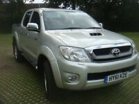 2011 TOYOTA HILUX INVINCIBLE 3.0 DIESEL AUTOMATIC DOUBLE CAB PICK UP