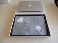 APPLE MAC BOOK AIR 13.3 INCH; 8GB RAM 256 SSD AS NEW WITH WARRANTY BOXED WITH ACCESSORIES