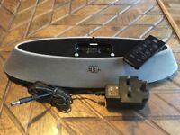 JBL On Stage 200ID iPod / iPhone speaker dock