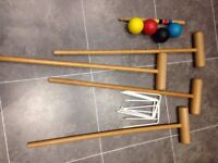Wooden croquet set with 4 balls £4