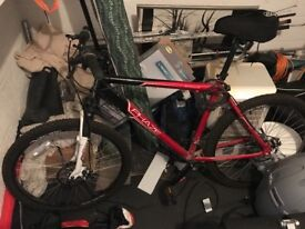 Men's mountain bike and accessories