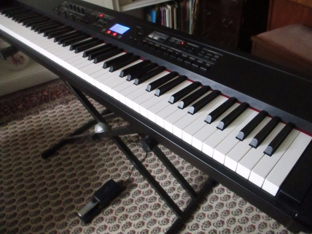 Roland Rd 700sx 88 Key Pro Digital Stage Keyboard In