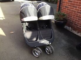 Black City mini by baby jogger twin buggy